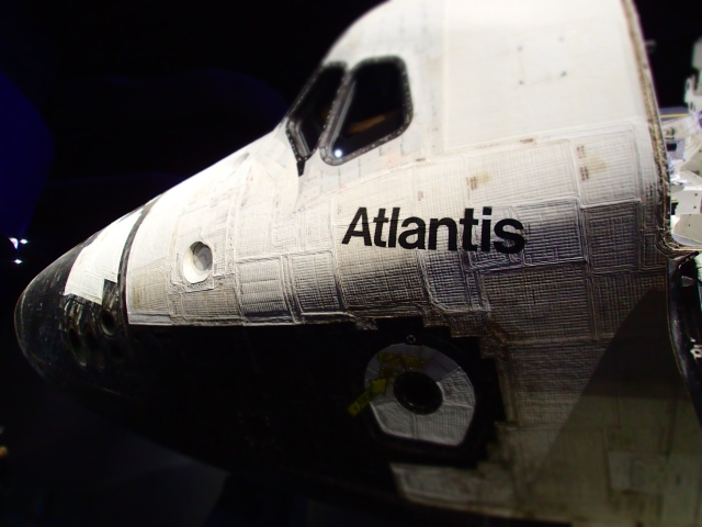 Space Shuttle Atlantis, exhibit building, Kennedy Space Center, Florida, the greener bench blog