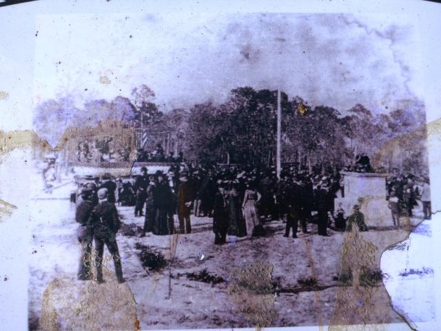 photo of civil war veterans on plaque of Greenwood Cemetery, st Petersburg, florida